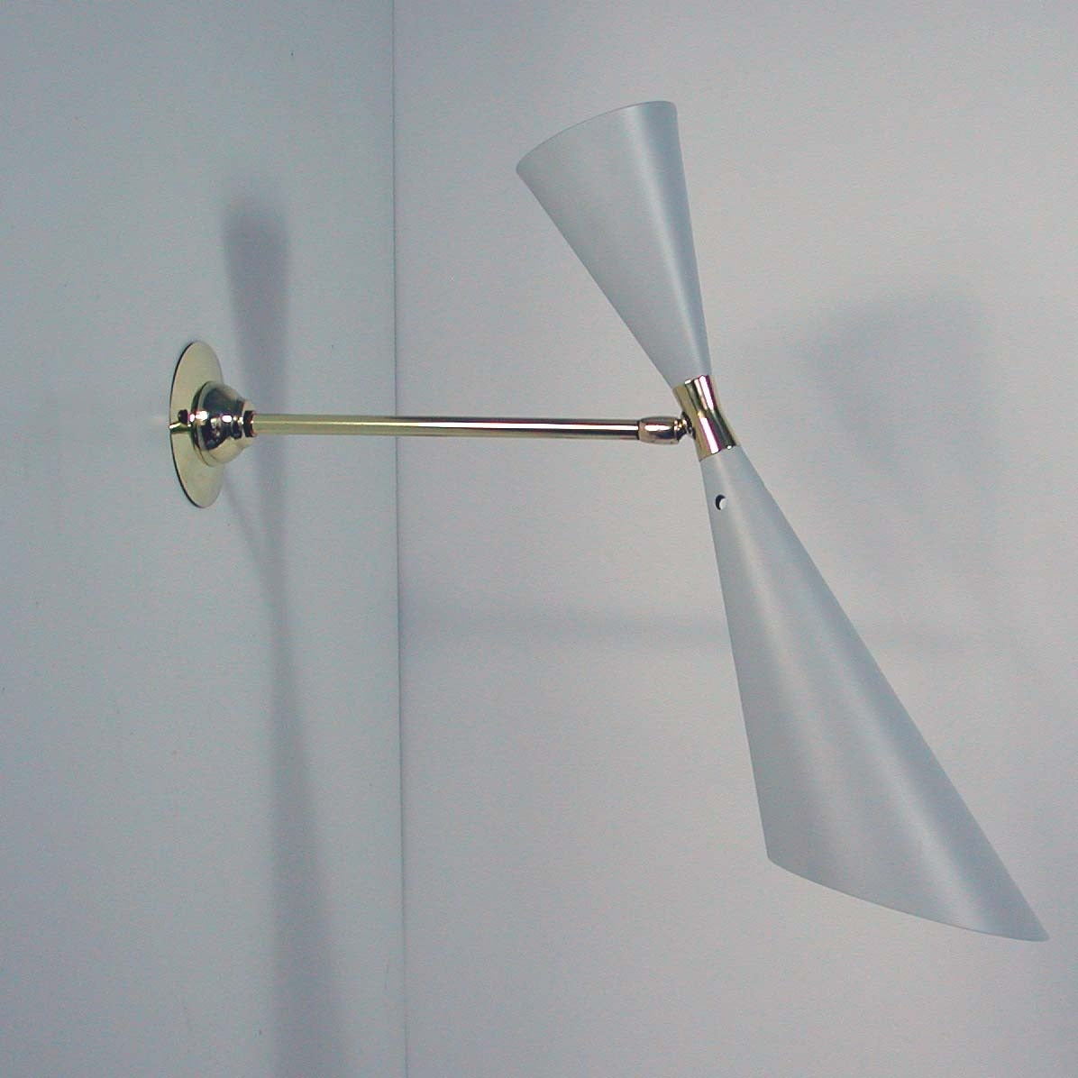 Mid-Century French 1950s Diabolo Wall Light Sconce from the Guariche Lunel Era In Excellent Condition In Nümbrecht, NRW