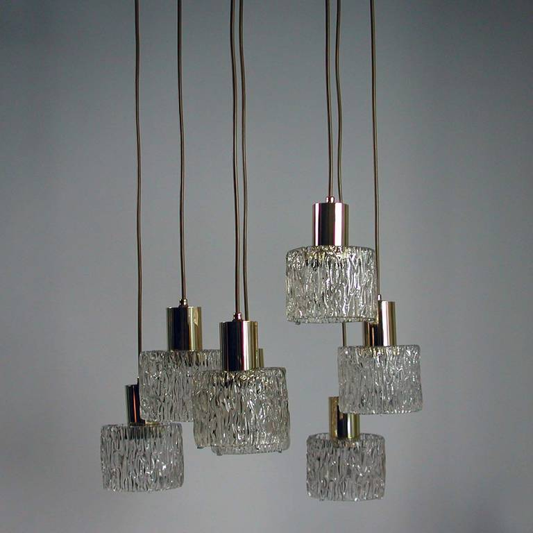 Austrian Cascading Textured Glass and Brass Chandelier by Kalmar In Excellent Condition For Sale In Nümbrecht, NRW