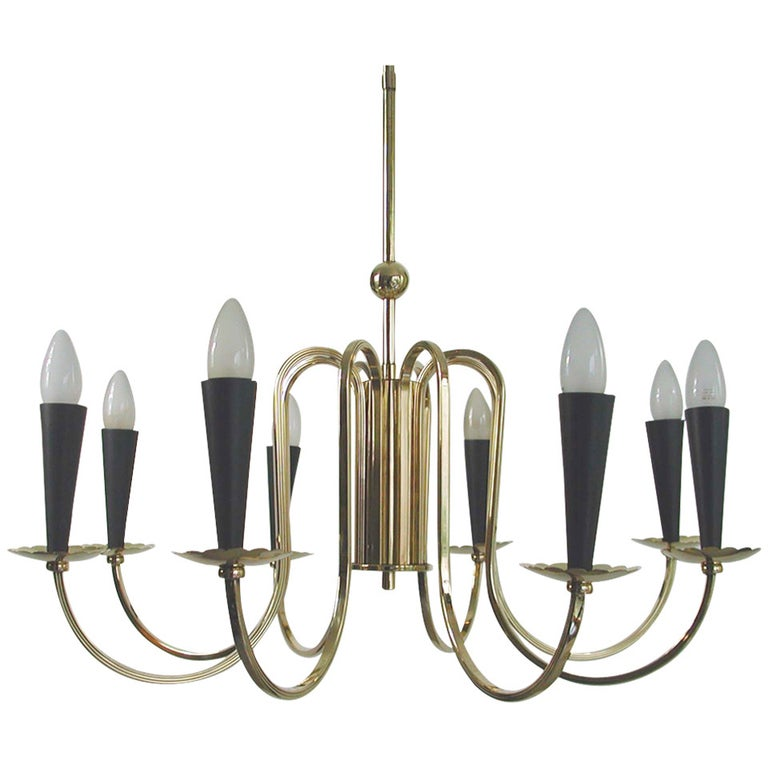 1950s Italian Eight-Arm Sputnik Brass Chandelier in the Manner of Stilnovo For Sale