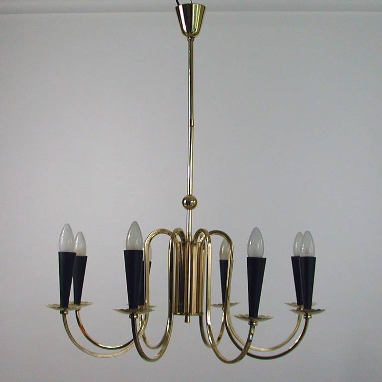 Metal 1950s Italian Eight-Arm Sputnik Brass Chandelier in the Manner of Stilnovo For Sale
