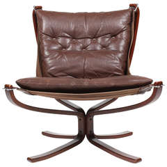 Classic Falcon Chair