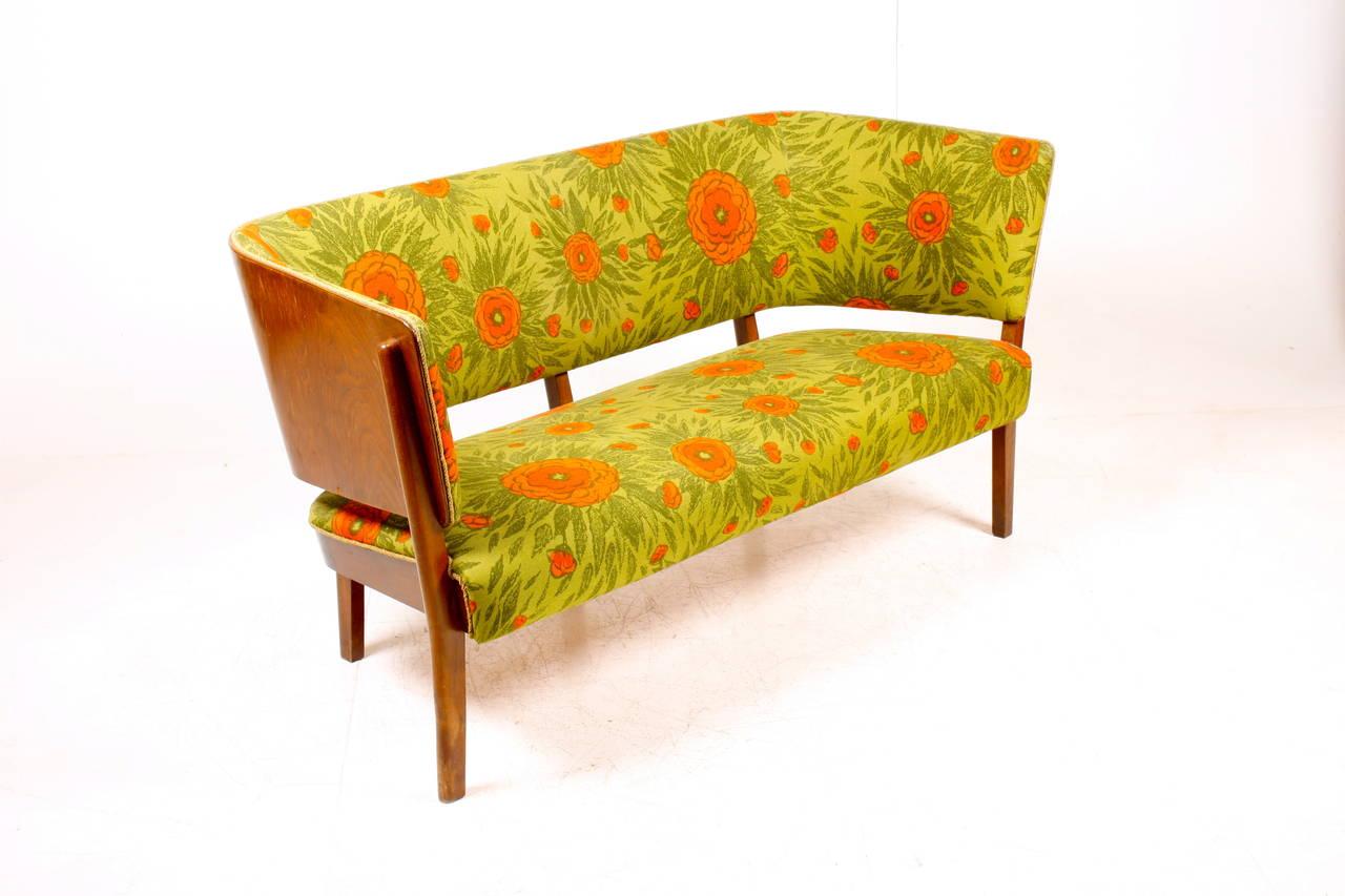 Scandinavian Modern Canada Sofa by Fritz Hansen For Sale