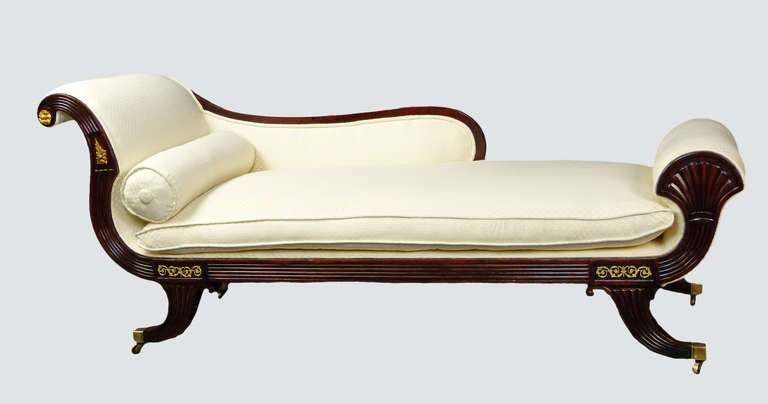 Federal chaise longue day bed at 1stdibs for Catalogos de sofas chaise longue
