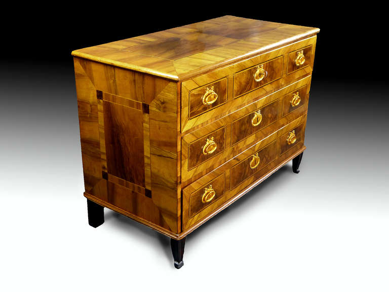 German 18th Century Commode Chest of Drawers 7