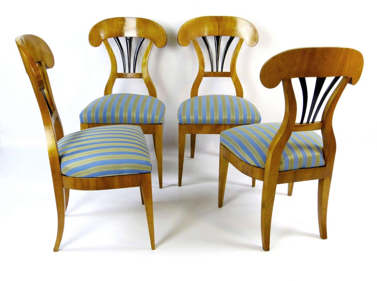 Biedermeier Pair Of 2 Chairs At 1stdibs