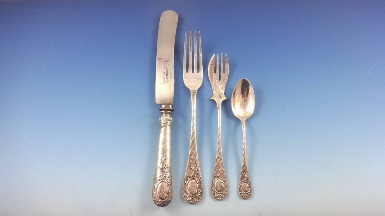 German circa 1890 Fitted Box 800 Silver Flatware Set Service of 166 Pieces In Excellent Condition For Sale In Big Bend, WI