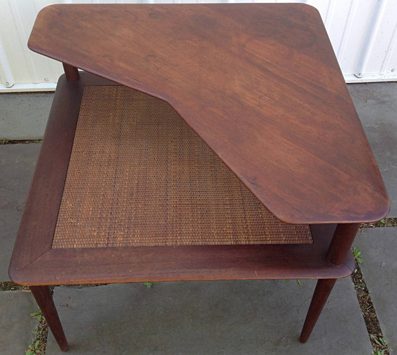 Minerva Group Corner Table In Teak By Hvidt And Molgaard For France - Mid century modern corner table