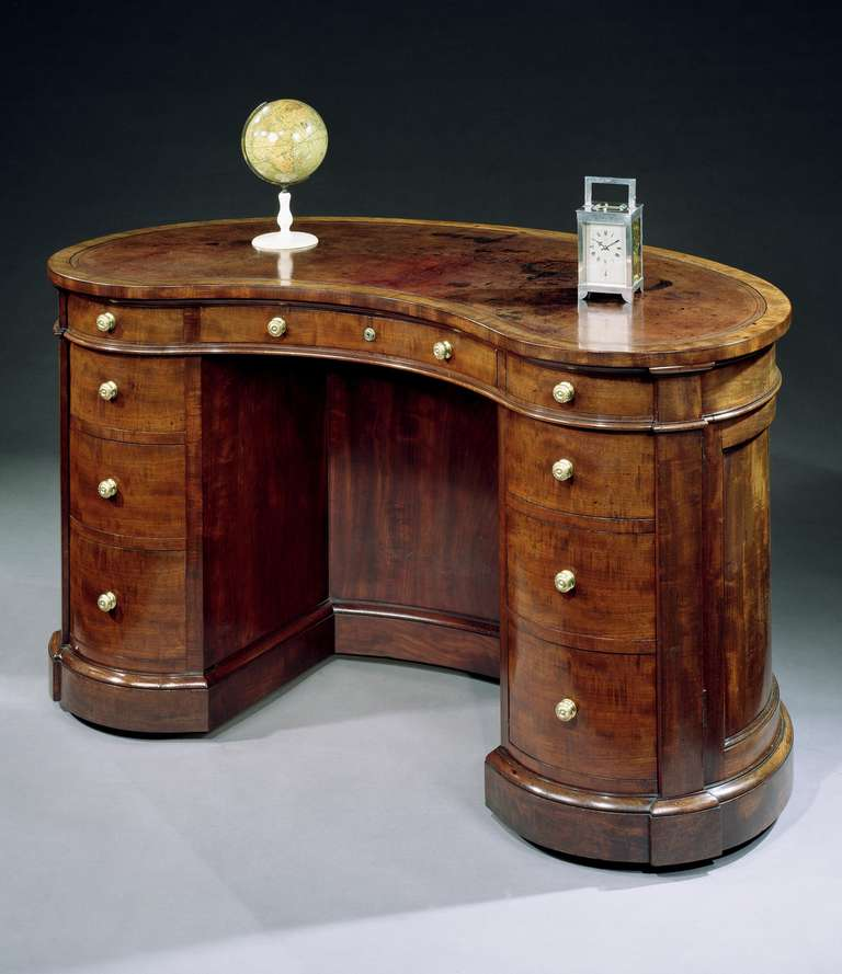 A victorian mahogany kidney shaped desk by gillows of for Kidney desk for sale