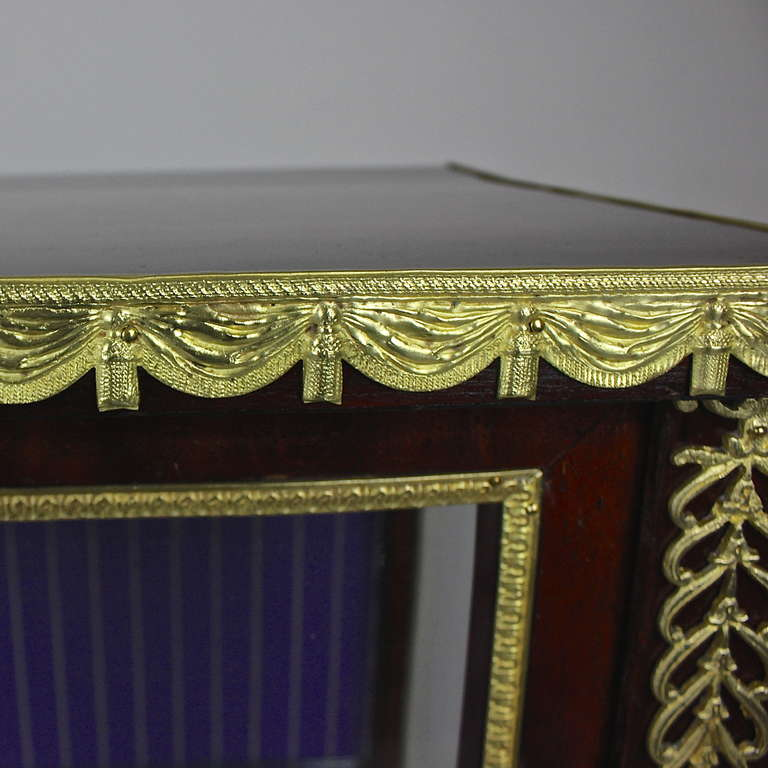 19th Century French Mahogany Ormolu-Mounted Louis XVI Style Display Cabinet For Sale
