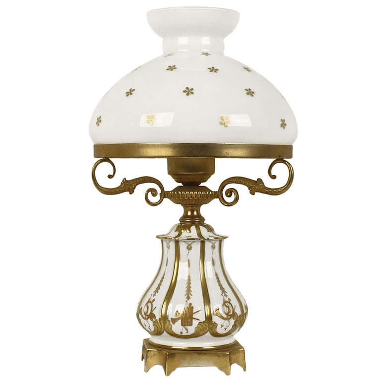 19th Century White And Gold Sèvres Porcelain Table Lamp 1
