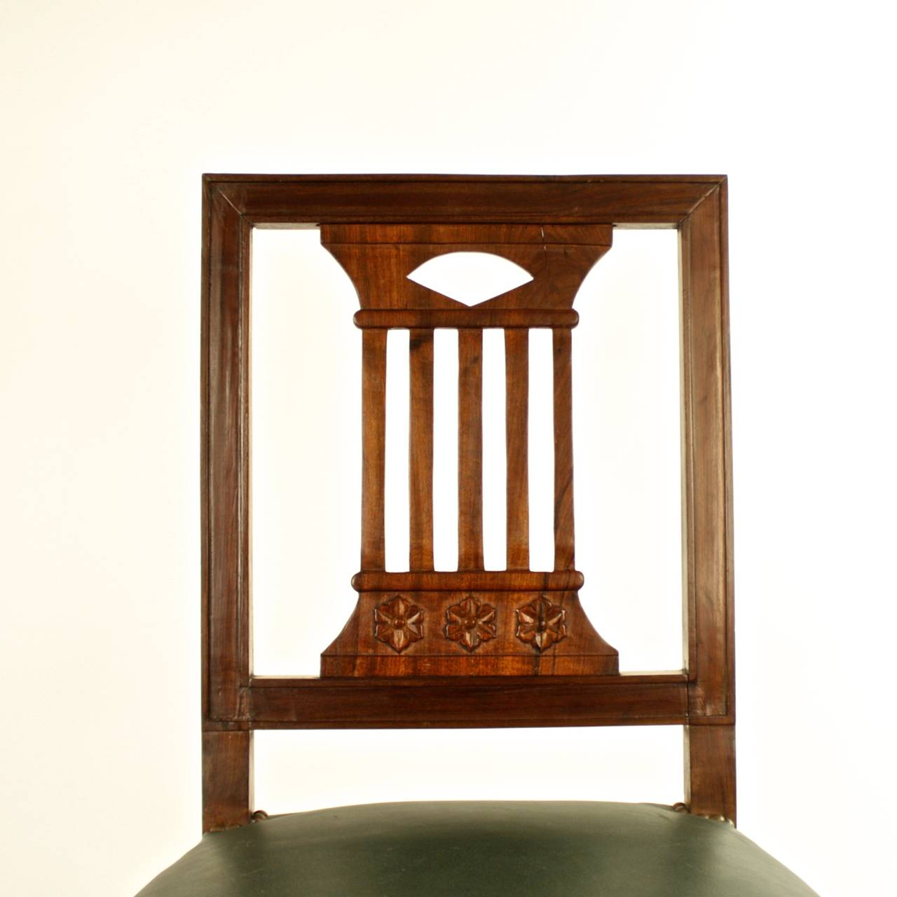 Directoire Pair of Early 19th Century Chairs, in the manner of Bellange frere, circa 1810 For Sale
