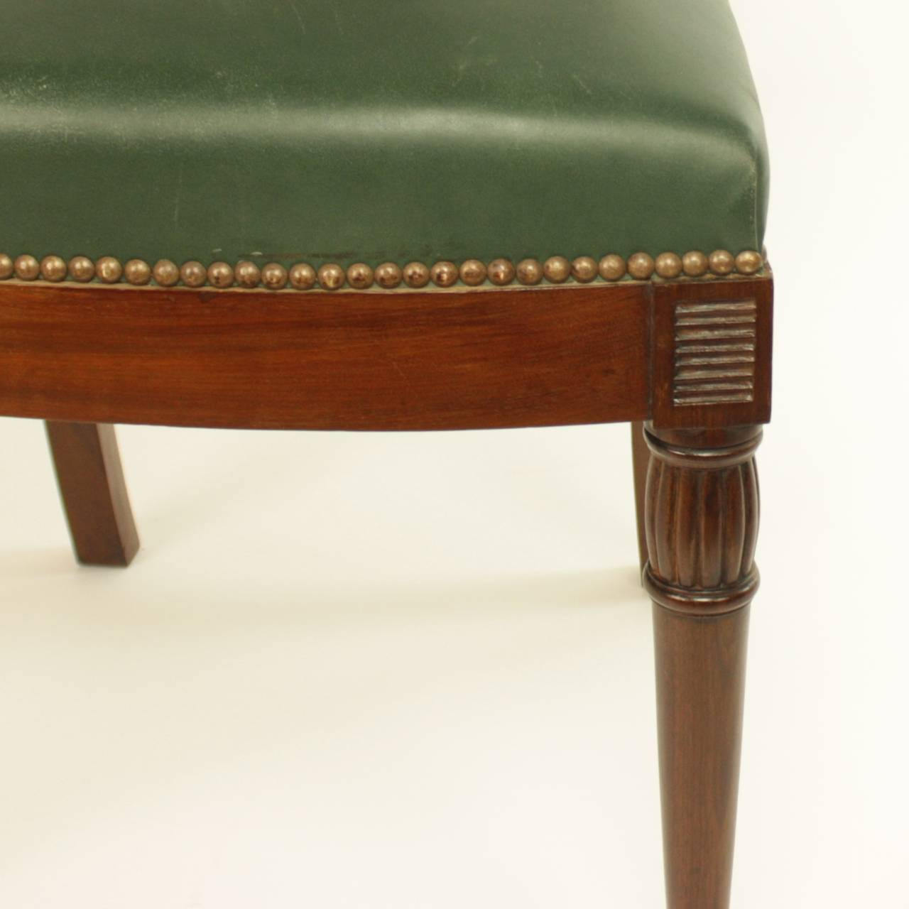 French Pair of Early 19th Century Chairs, in the manner of Bellange frere, circa 1810 For Sale