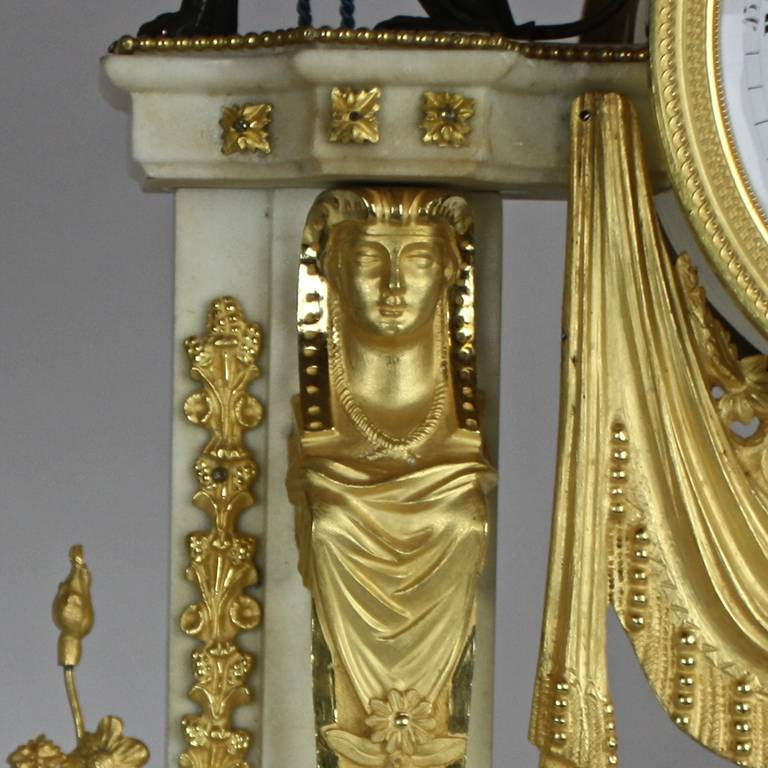 Gilt Late 18th Century Louis XVI white Marble and Ormolu Mounted Mantel Clock For Sale