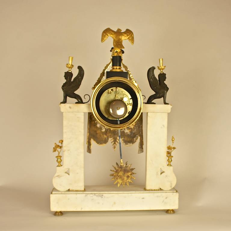 Late 18th Century Louis XVI white Marble and Ormolu Mounted Mantel Clock For Sale 2