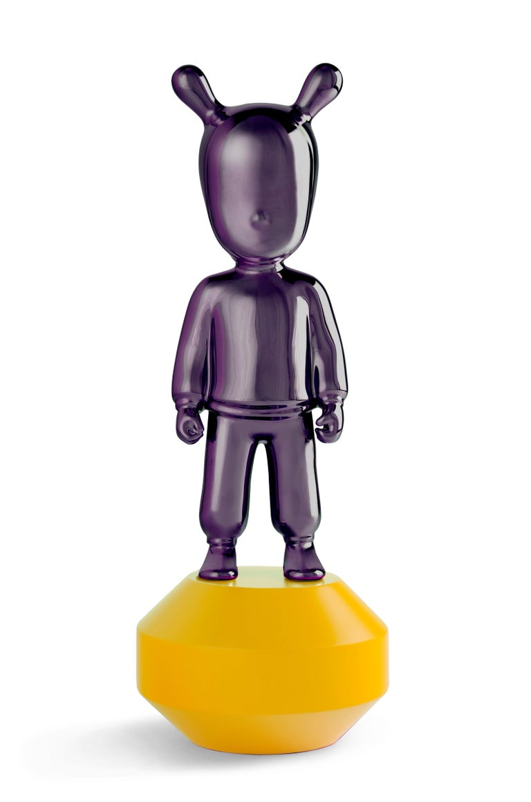 For Sale: Purple (Purple on Yellow) Lladro Guest Little Figurine by Lladró Atelier
