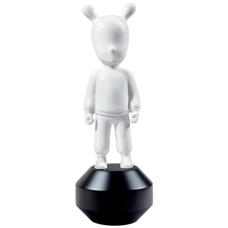 For Sale: Black (White on Black) Lladro Guest Little Figurine by Lladró Atelier