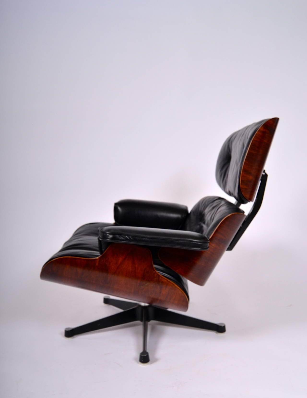 eames lounge chair at 1stdibs