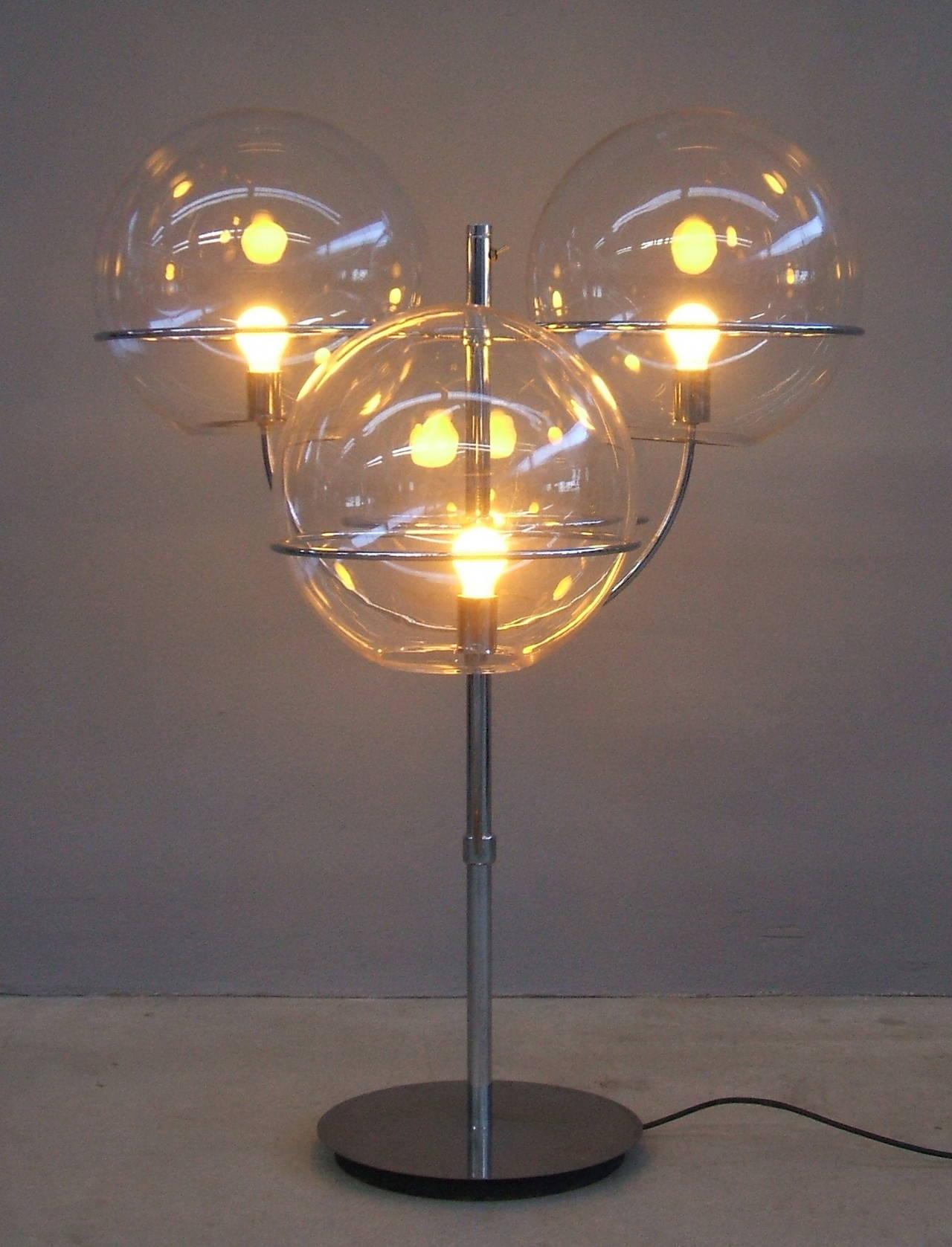 Lyndon De Sol Floor Lamp by Vico Magistretti For Sale 2