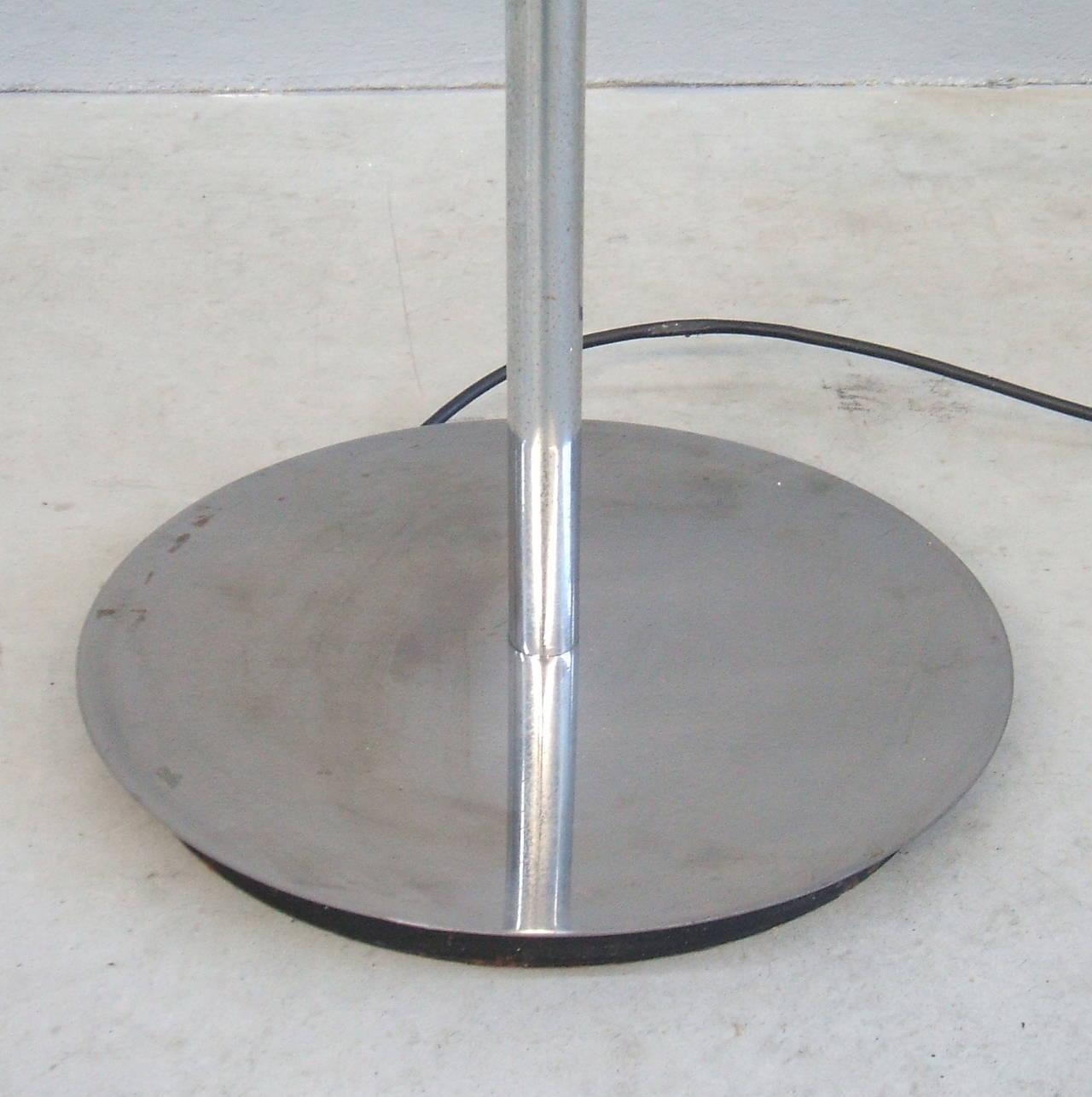 Lyndon De Sol Floor Lamp by Vico Magistretti For Sale 3