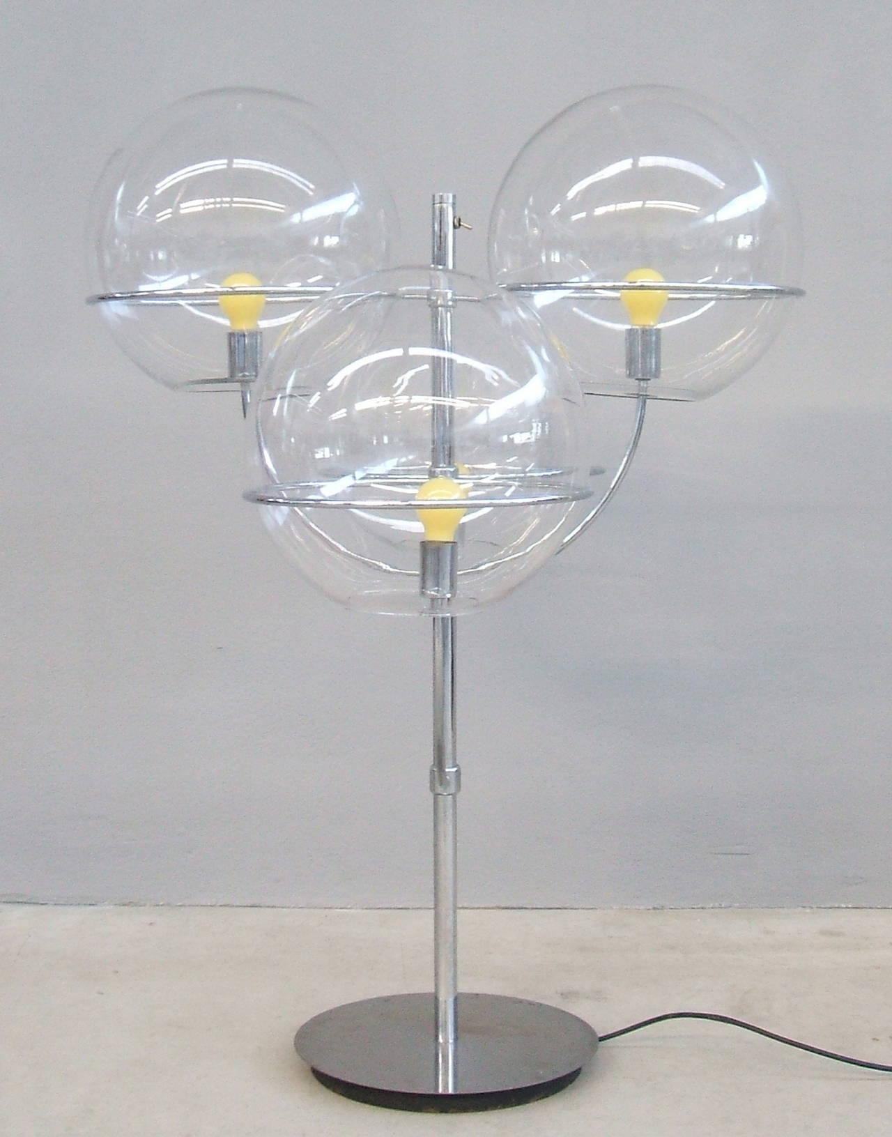 Late 20th Century Lyndon De Sol Floor Lamp by Vico Magistretti For Sale