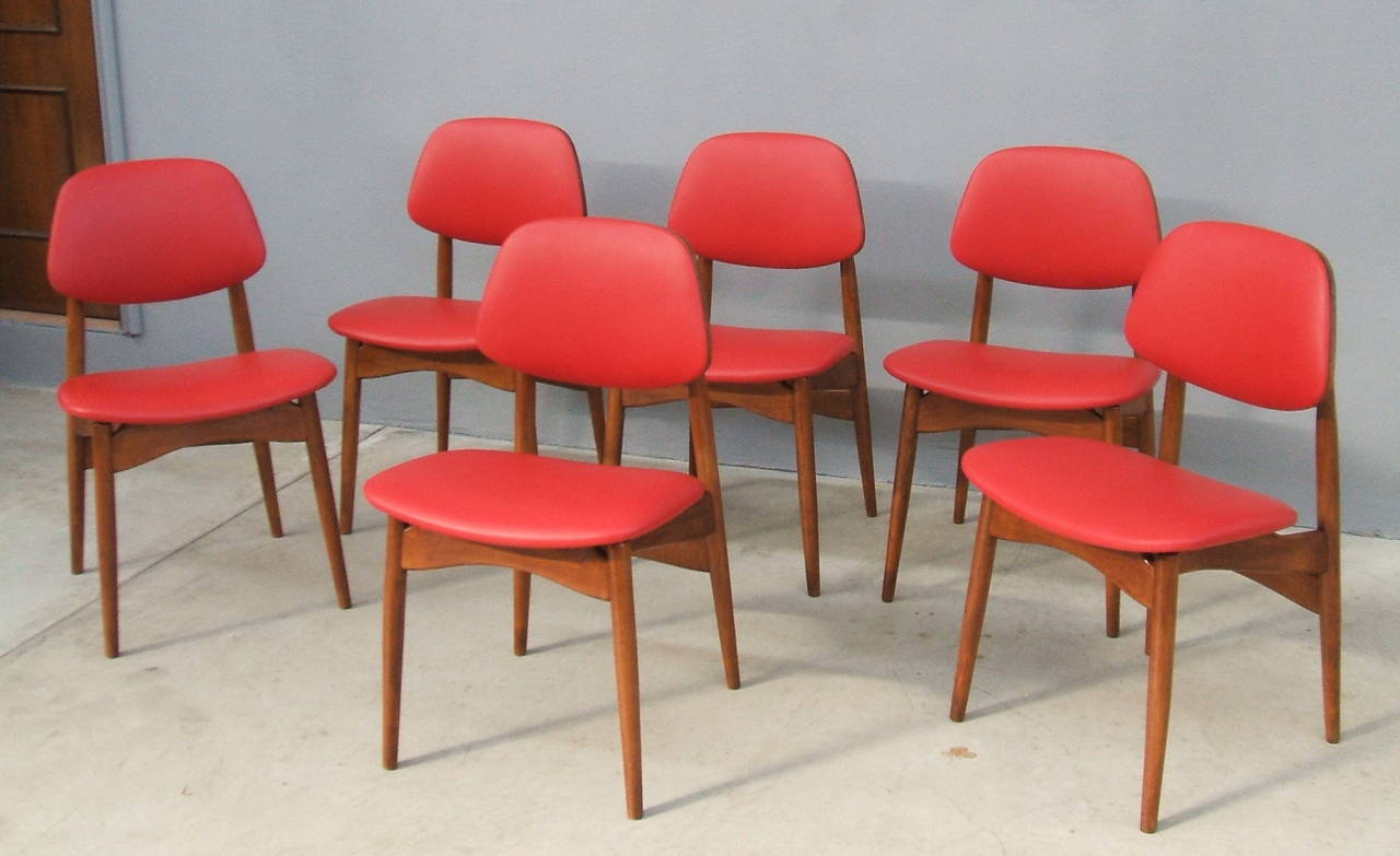 Fine Set of Six Italian 1950s Chairs For Sale 4