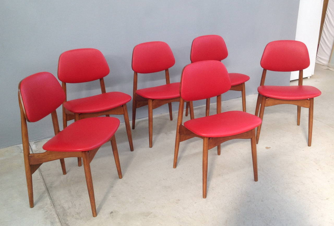 Fine Set of Six Italian 1950s Chairs For Sale 3