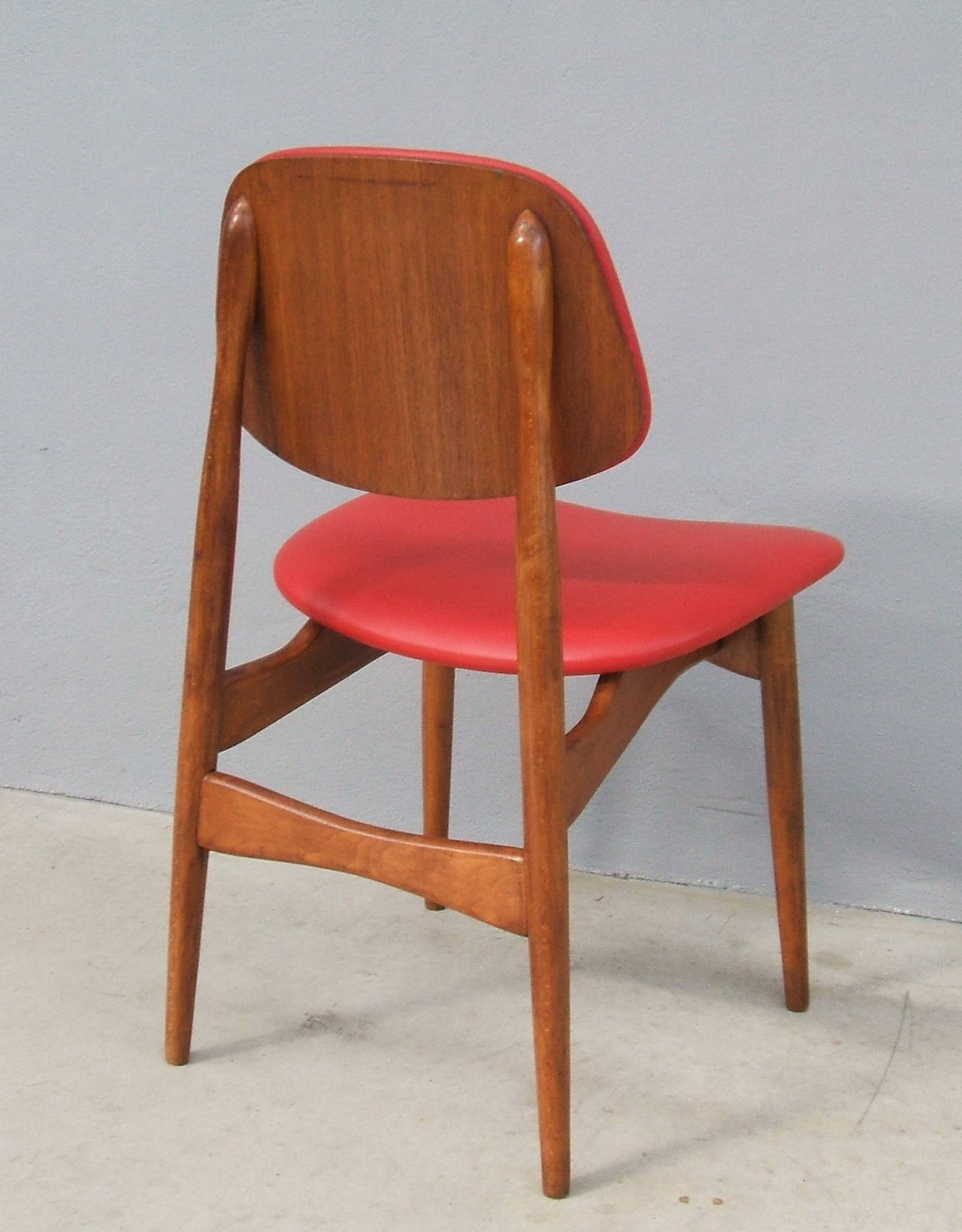 Fine Set of Six Italian 1950s Chairs For Sale 1