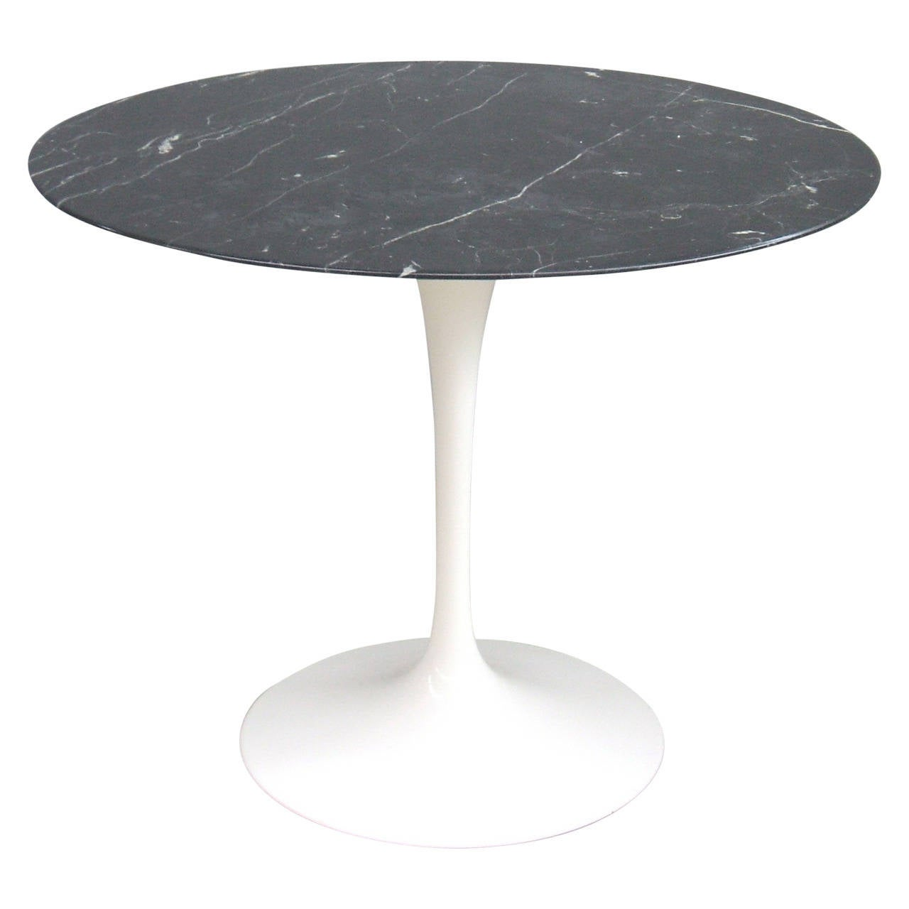 marble top tulip table by eero saarinen for knoll. Black Bedroom Furniture Sets. Home Design Ideas