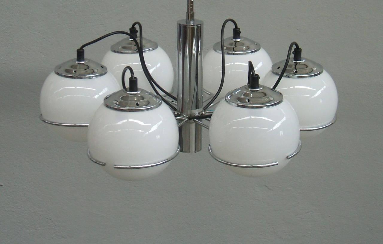 Sarfatti style chandelier. Chrome and six white glass globe.