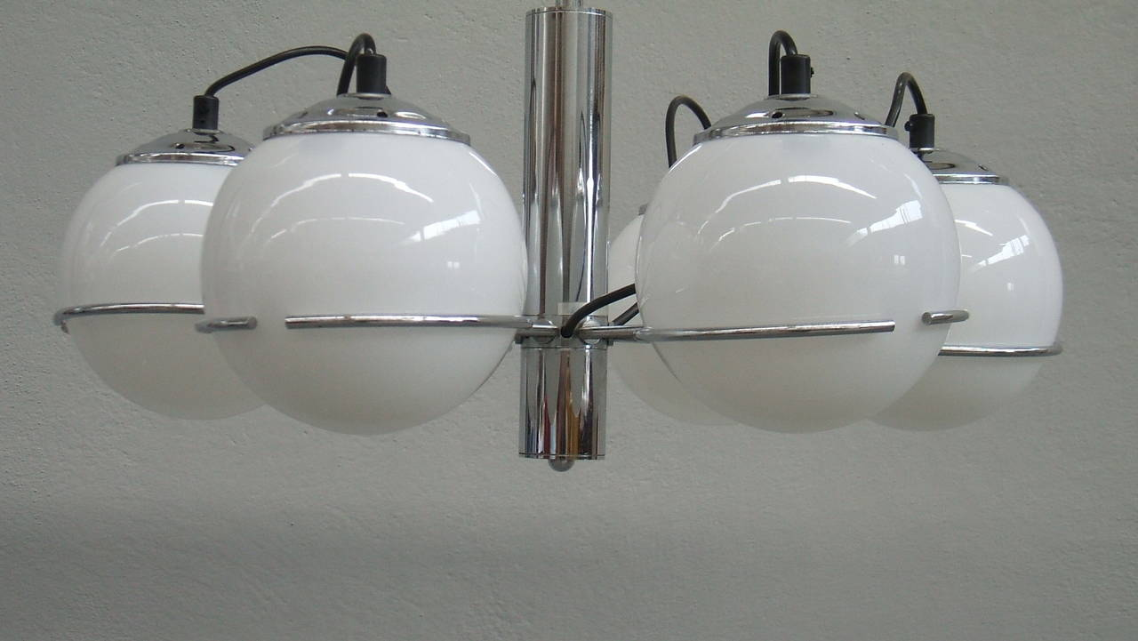 Mid-Century Modern Midcentury Italian Chandelier in the Style of Gino Sarfatti For Sale
