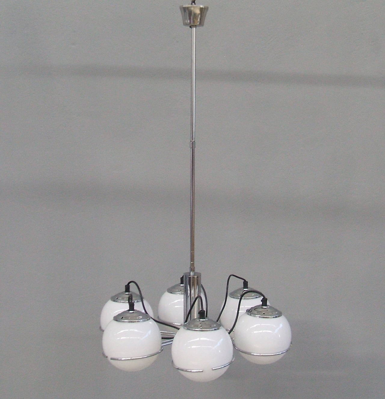 Midcentury Italian Chandelier in the Style of Gino Sarfatti For Sale 1
