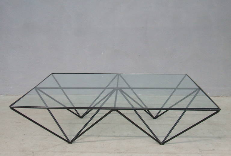 The Alanda square coffee table designed by Paolo Piva, manufactured by 