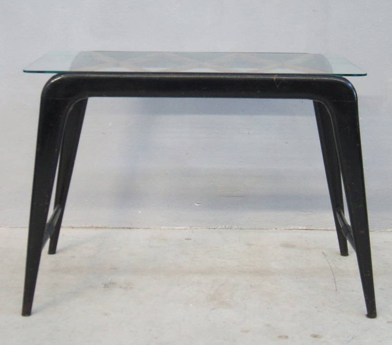Mid-Century Modern Coffee table attribuited to Paolo Buffa For Sale