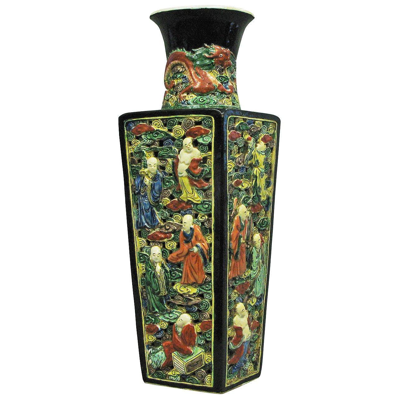 19th Century Famille Verte Square Vase For Sale