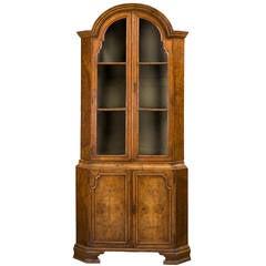 Queen Anne Design Corner Cupboard