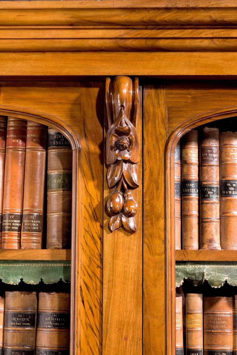 British Mid-19th Century Walnut Bookcase For Sale