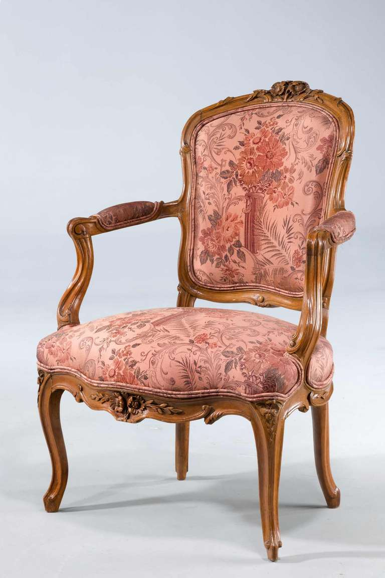 pair of louis xv period fauteuils for sale at 1stdibs. Black Bedroom Furniture Sets. Home Design Ideas