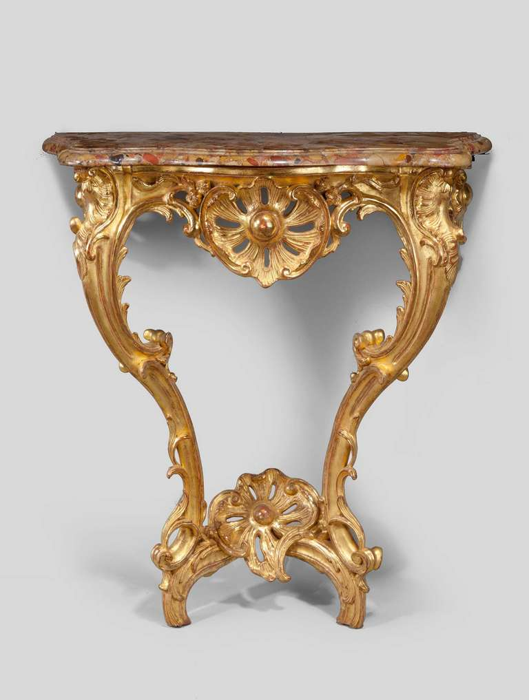 louis xv giltwood console table for sale at 1stdibs. Black Bedroom Furniture Sets. Home Design Ideas