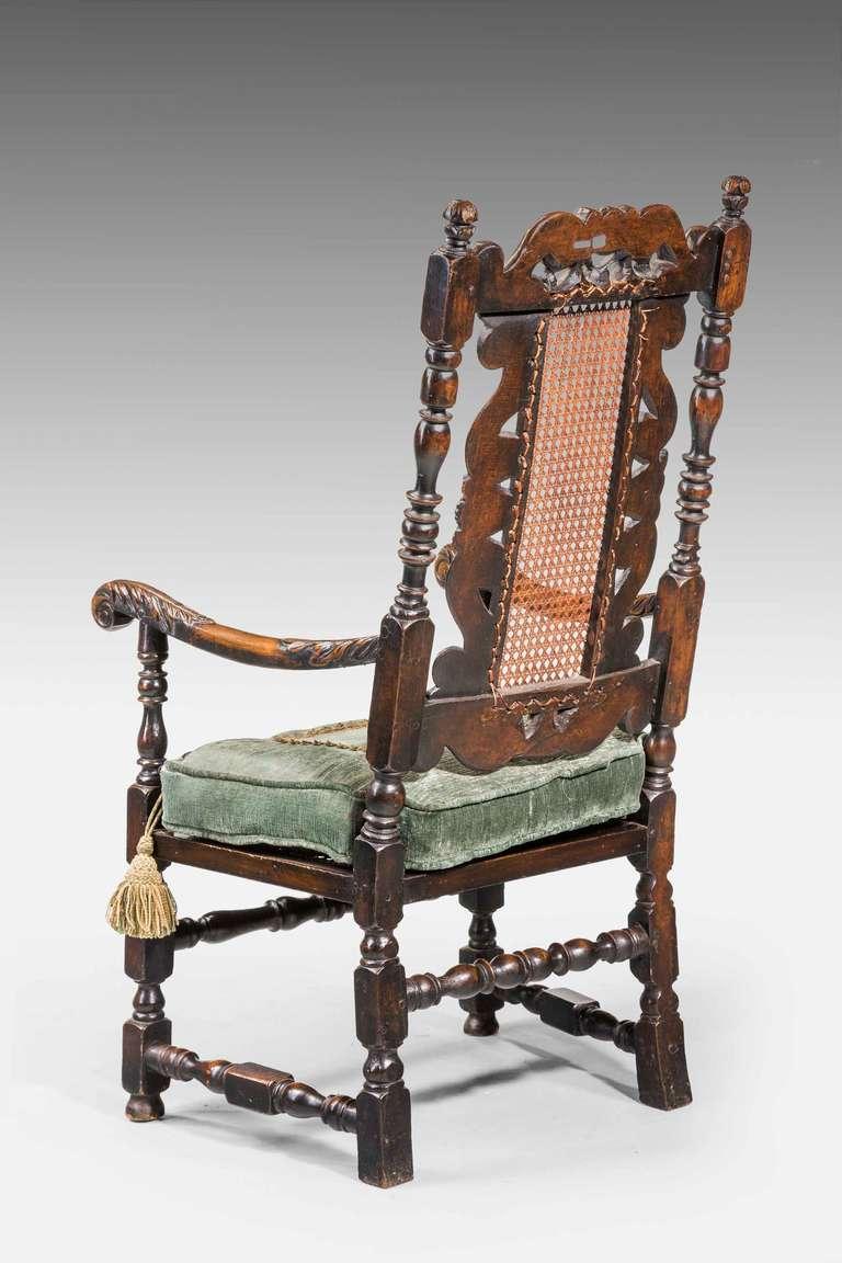 17th Century Style Walnut Armchair For Sale 1