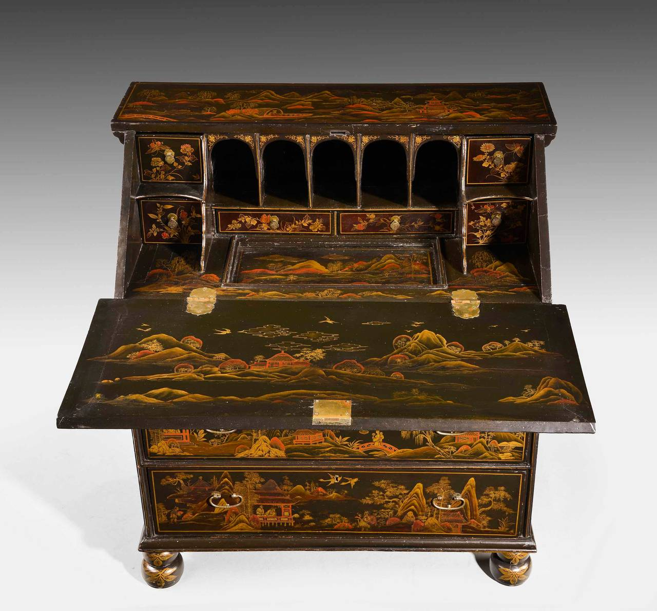 Fine and Rare Chinese Lacquered Writing Bureau For Sale 5