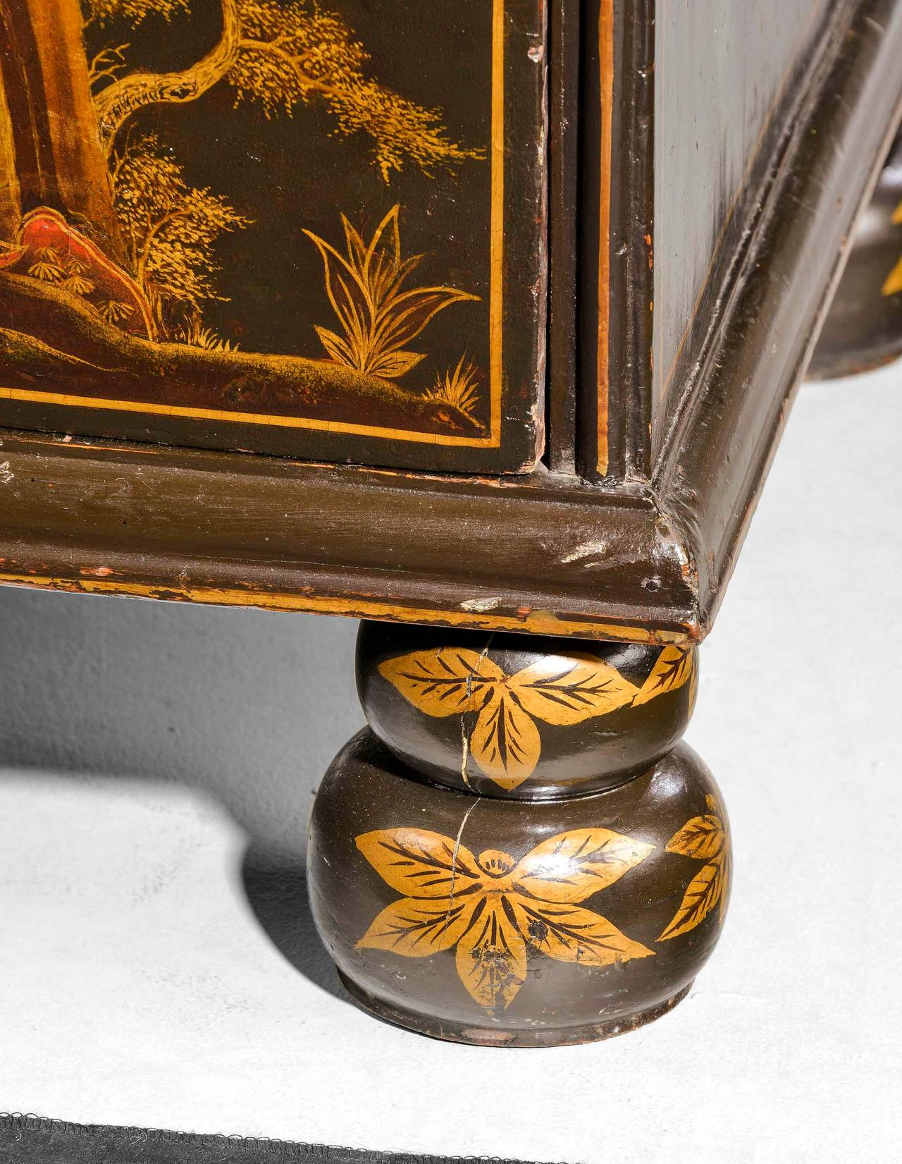 Wood Fine and Rare Chinese Lacquered Writing Bureau For Sale