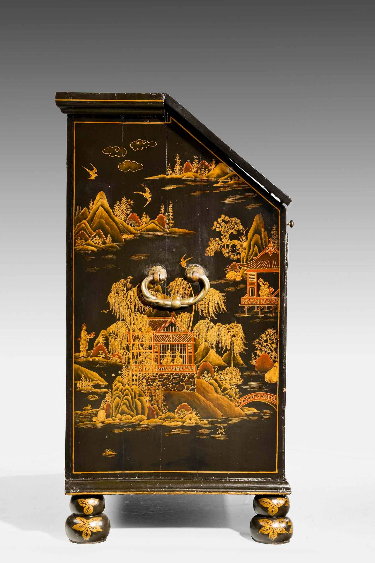 Fine and Rare Chinese Lacquered Writing Bureau In Good Condition For Sale In Peterborough, Northamptonshire