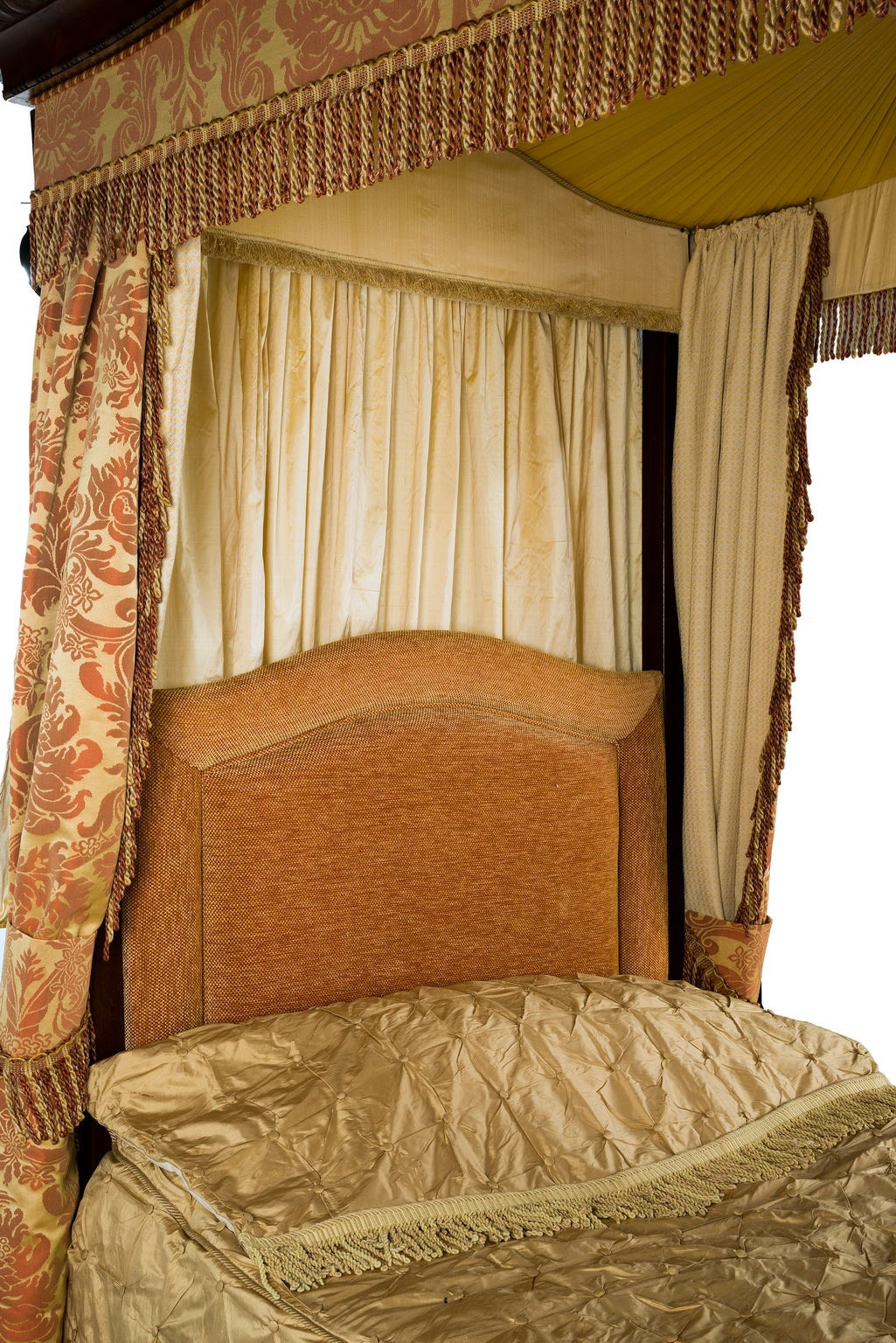 Early 20th Century Mahogany Frame Four Poster Bed For Sale