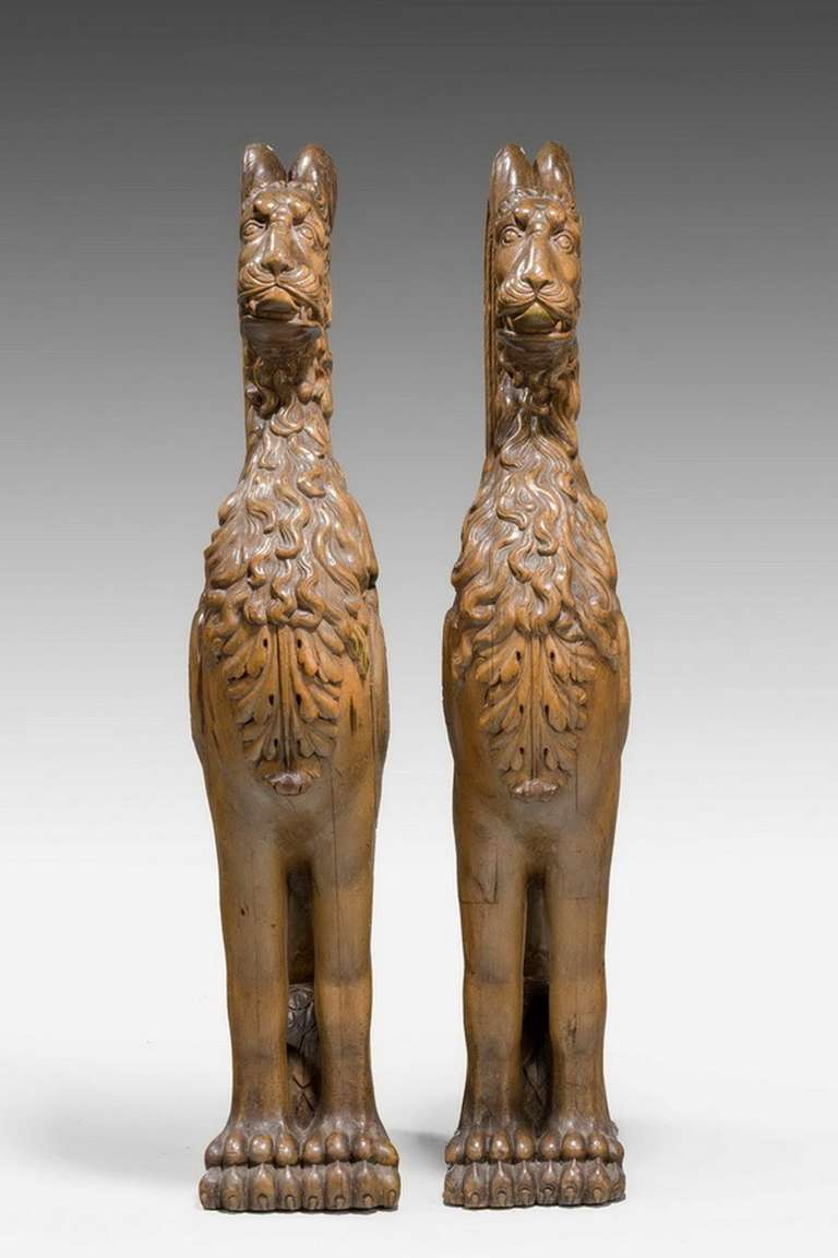 Pair of 16th Century French Walnut Chimeras In Good Condition For Sale In Peterborough, Northamptonshire