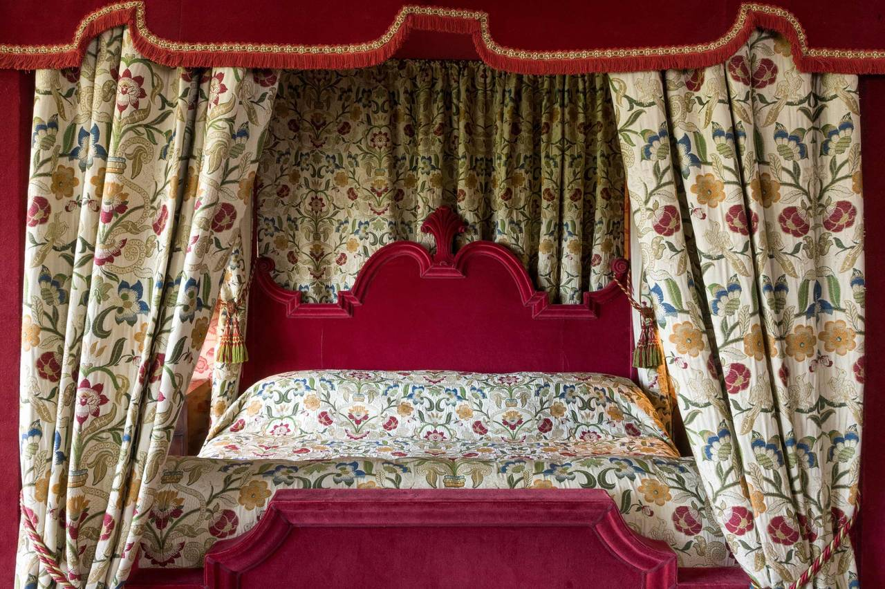 English 17th Century Style Four-Poster Bed