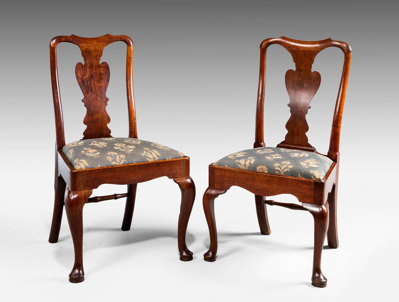 Set of Six George I Period Solid Walnut Chairs For Sale at  : 70250316Sept15l from www.1stdibs.com size 1280 x 969 jpeg 101kB
