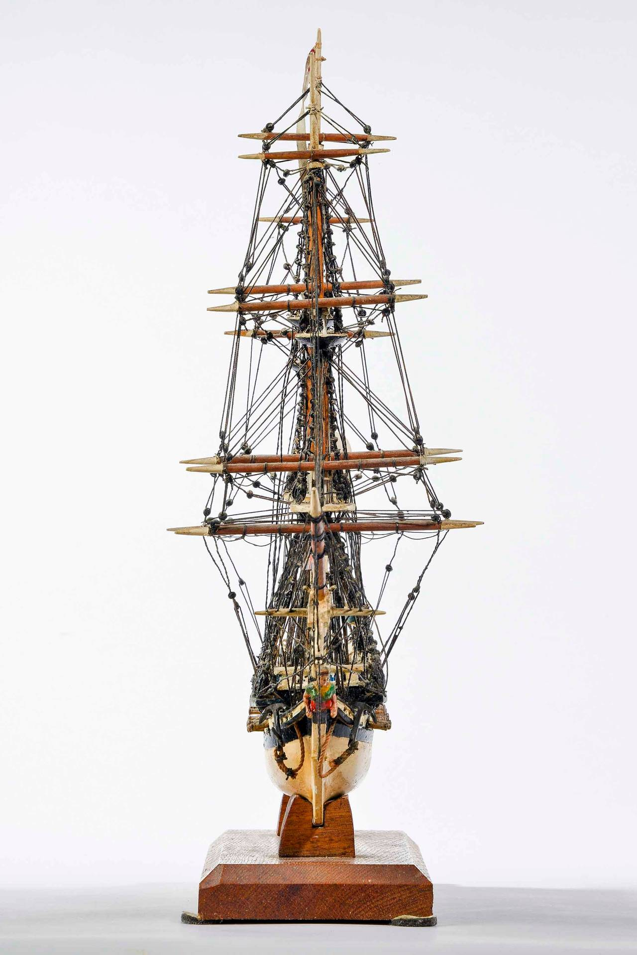 Fine Mid-20th Century Ship Model In Good Condition For Sale In Peterborough, Northamptonshire