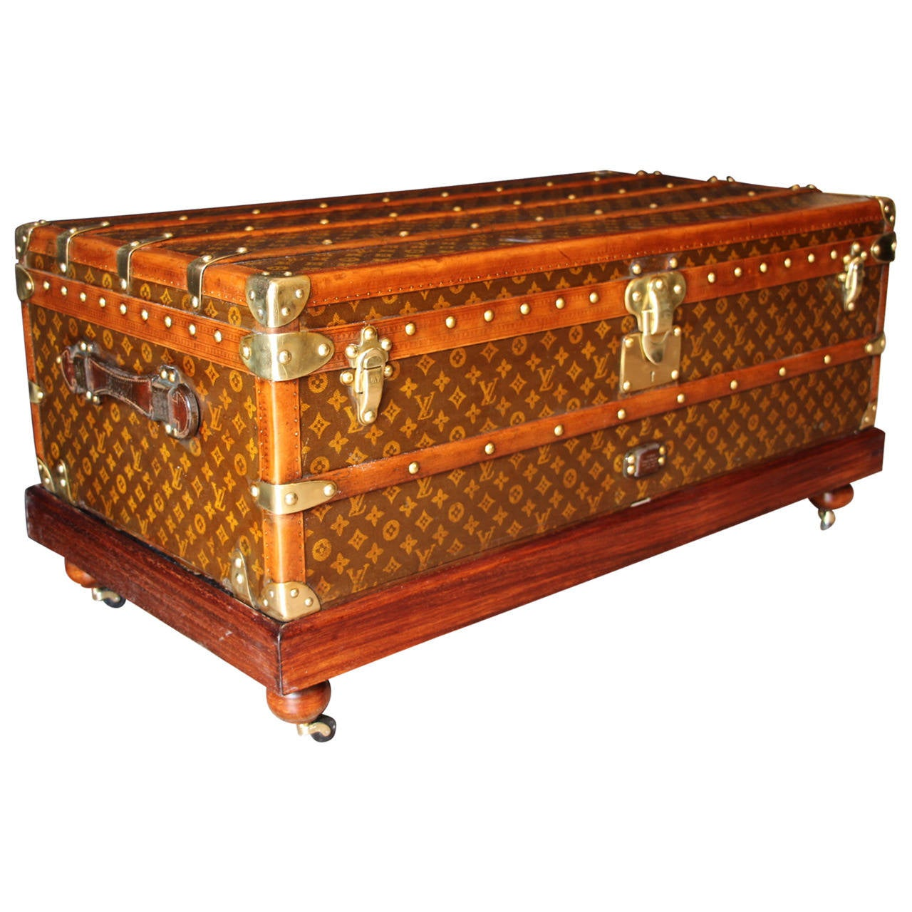 Lv Trunk Coffee Table: 1920s Louis Vuitton Cabin Trunk At 1stdibs