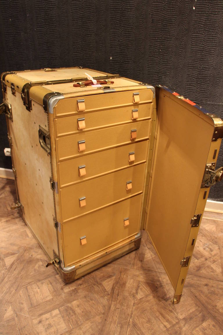 American Hartmann Turn Table Steamer Trunk Wardrobe For Sale