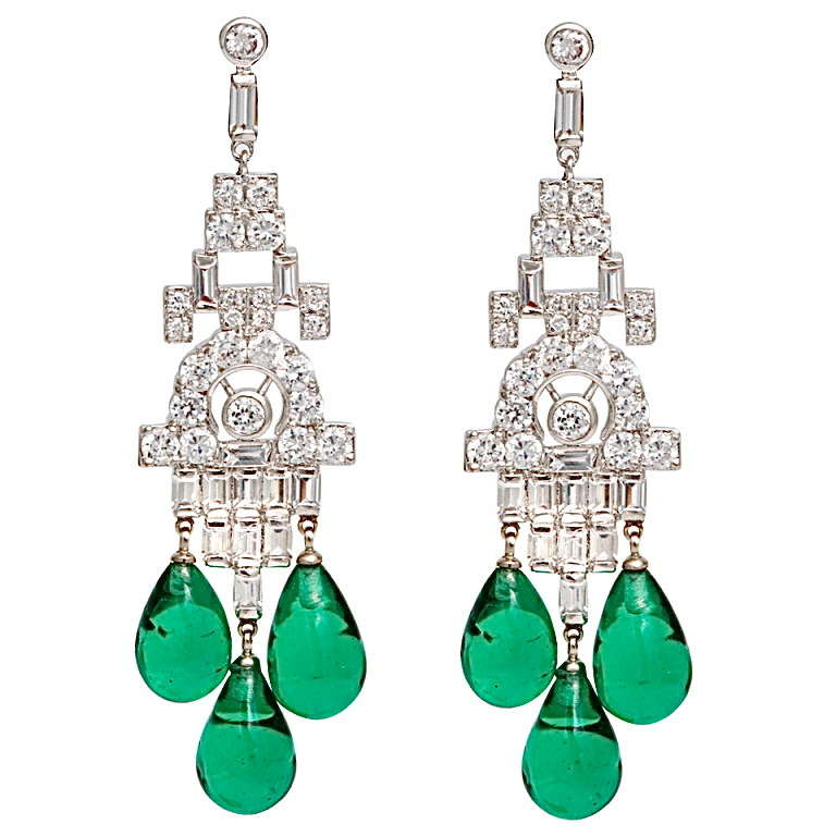 Faux Diamond Emerald Art Deco Style Chandelier Earrings Made Of Cubic Zirconia And Vintage Gl